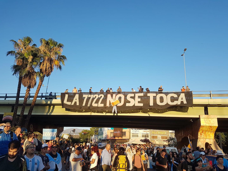 #ElAguaDeMendozaNoSeNegocia, la reacción contra la megaminería en la Argentina
