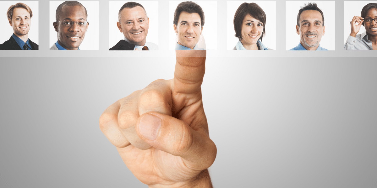 Empleo siglo XXI: Del currículum a tu muro de las redes