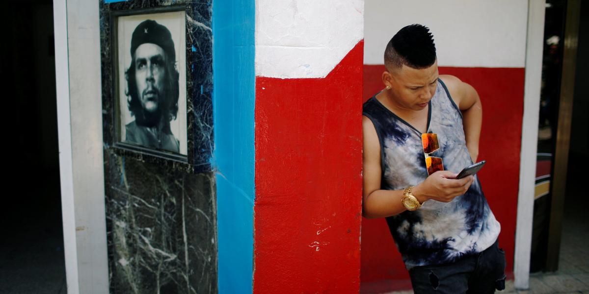 Crisis en Cuba: «Internet te hará libre»